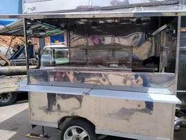 se vende trailers  de comidas rápidas