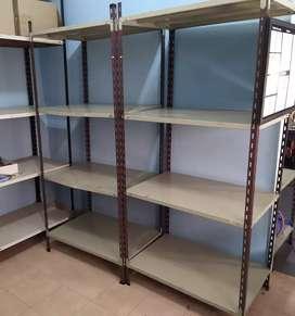 Vendo estanterías metalicas
