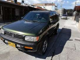 Vendo hermosa camioneta Nissan pathfinder mod 1998 muy bien cuidada japonesa ful equipo