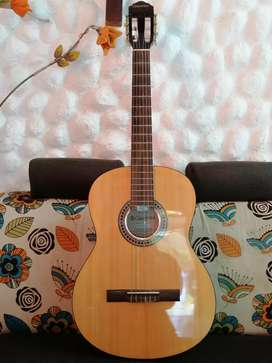 Guitarra clasica Giannini gcx15n acustica española admira alhambra