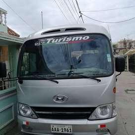 Hyundai County 2012 + acciones en compañía de turismo