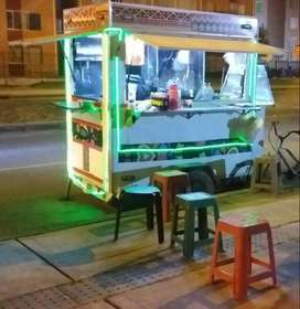 Se vende trailer de comidas Rapidas