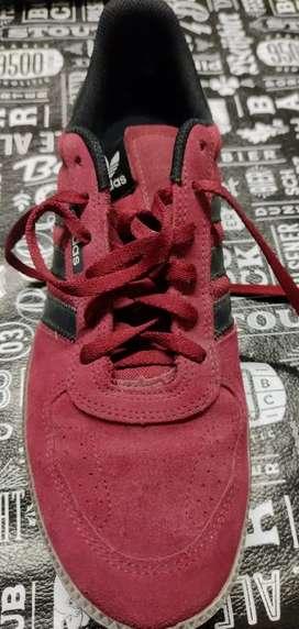Zapatillas Adidas Gamuzadas Originales