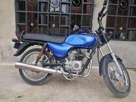 Se vende moto bóxer bm 100 en muy buen estado