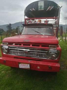 Vendo camioneta ford 66