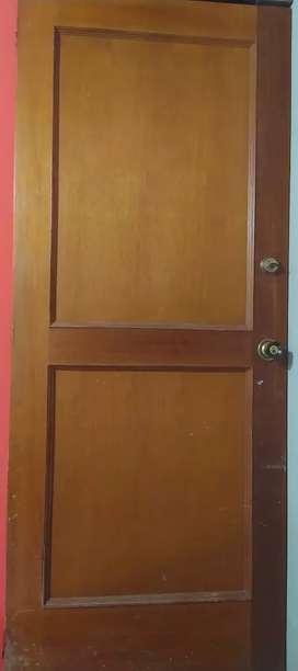 Puertas Cedro con Cerradura de seguridad
