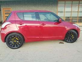 Vendo Suzuki SWIFT HB