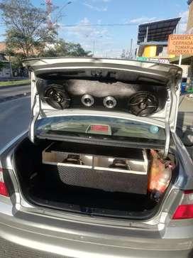 Instalación de sonido para carros en cali.