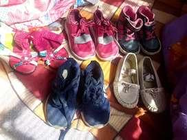 Varios pares de zapatos usados 3.000 mil pesos cada par