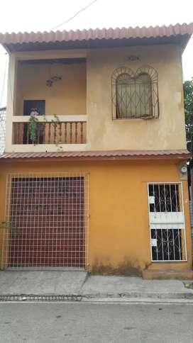 Se vende casa de dos plantas Gye Juan Montalvo