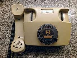 Antiguo telefono de linea Siemens