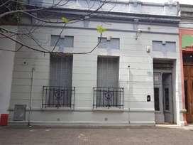 Excelente Casa Ubicada a m del Centro La Plata - Totalmente Refaccionada