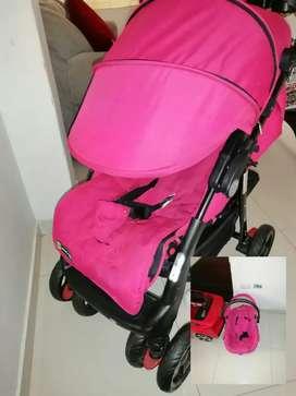 Vendo 2 coches como nuevos uno color rosado y él otro azul + cilla portátil para bb rosada