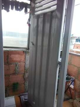 Ganga Vendo puerta metálica