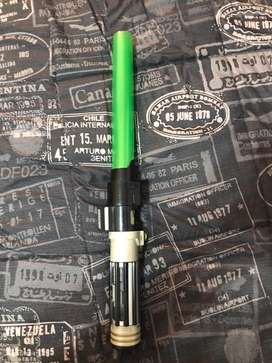Espada de Star Wars con sonidos y luz. Importada