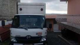 Camión Hino Dutro 816