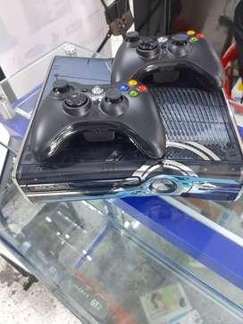Xbox 360 con 70 juegos