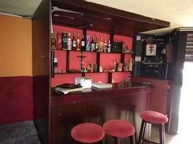 Hermoso bar Karaoke discoteca