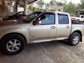 Camioneta Chevrolet Dimax 4x2 doble cabina