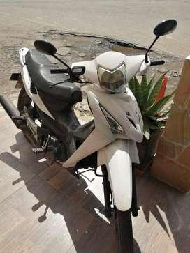 Se vende moto Akt Flex 125 2013