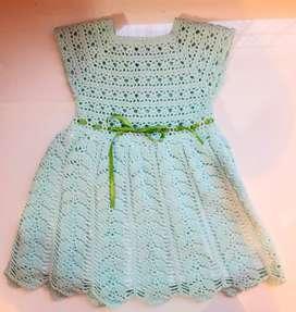 Vestidos para niña tejidos en crochet y forrados