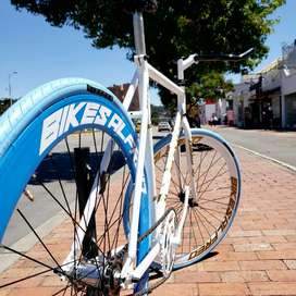 Se necesita mecánico de bicicletas con experiencia