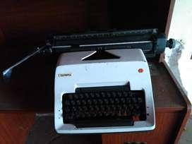 Regalo Maquina de Escribir con Mesa