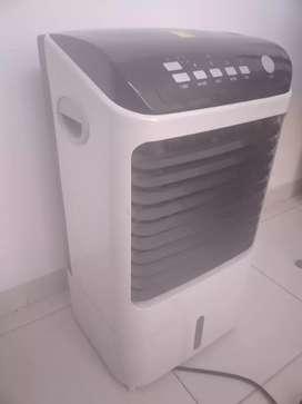 Ventilador con enfriador o calefacción