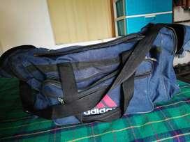 Maleta para viajes (Adidas)