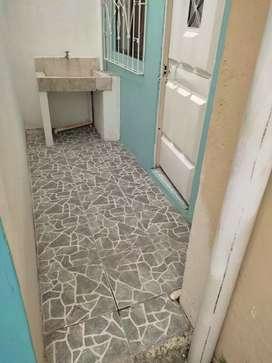 1 habitacion para persona sola puede ser hombre o mujer