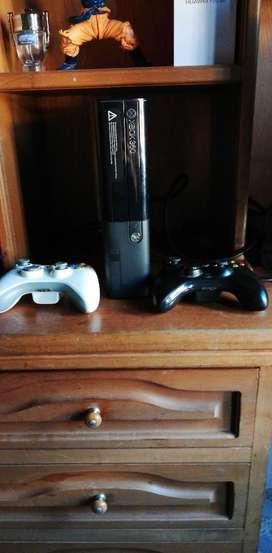 Xbox 360 E Muy Buen Estado