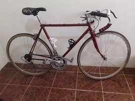 Bicicleta de Carrera Goliat Original a 595 soles.