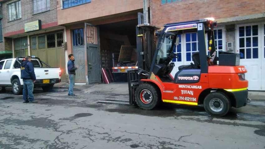 Servicio de montacargas de 1 a 5 toneladas 0