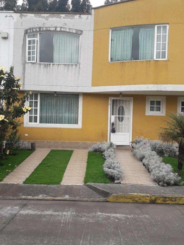 Vendo casa 3 dorm. via amaguaña Valle de los Chillos 0