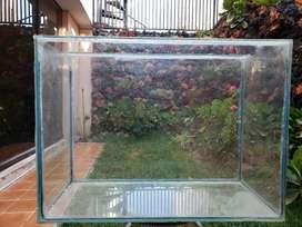 Pecera de Vidrio Templado 70x30x50cm
