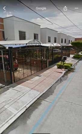 Lote en Urbanización Altamira 7x20 m