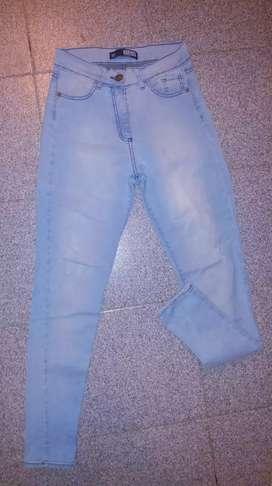 Jeans cuerda talla 38 poco uso