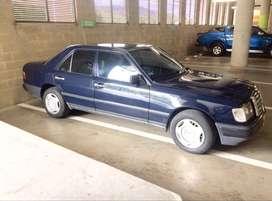 Vendo Mercedes E230 inyección/88 Mec.