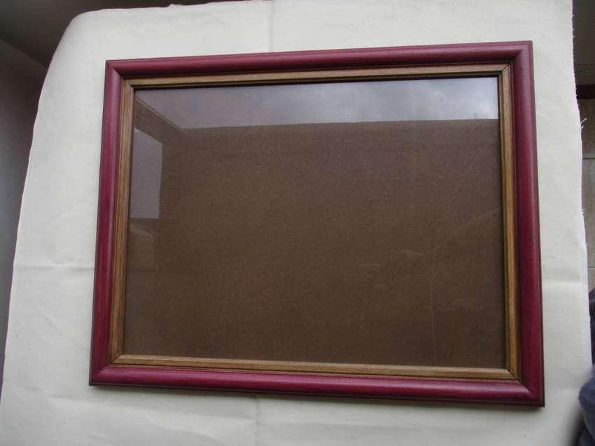 Marco de madera de Ceiba Tolúa con vidrío