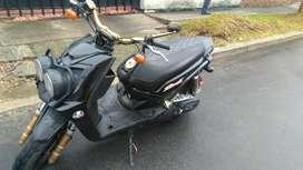 Vendo moto Yamaha Bws 125 4 T