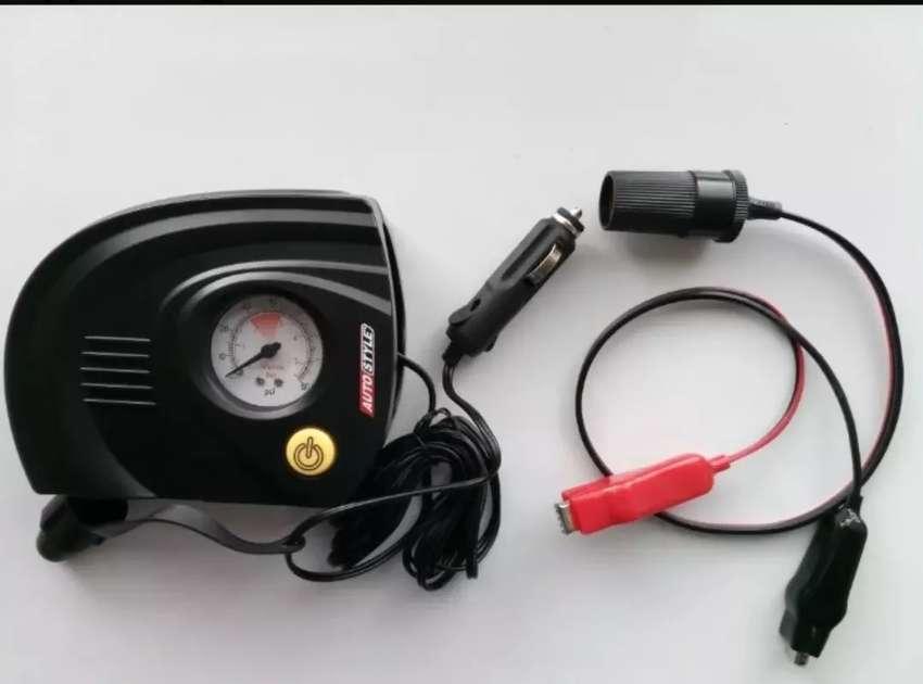 Mini Compresor Aire12v diseño ESPECIAL MOTOS 80 PSI.