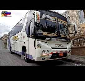 VENDO BUS HINO FG 2009 , CON ACCIONES.