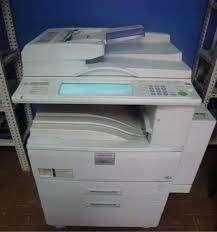 magnifica impresora ricoh 45 paginas por minuto