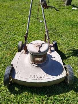 Máquina de cortar pasto