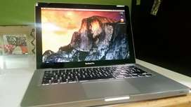MacBook Pro i5 al 100 - 4GB ram y 500GB disco