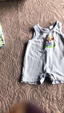 Lote de ropa bebe buenas marcas carters,children place