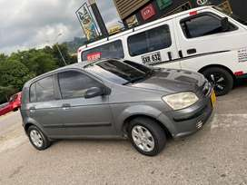 Se vende Hyundai modelo 2004