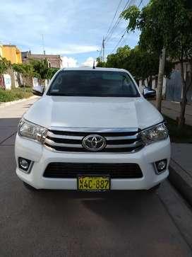 Toyota Hilux 4x4 srv full