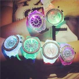 reloj luces ilusion of time led mujer dama analogo