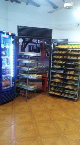 Vendo panadería  en zarzal valle motivo viaje